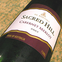 DE BORTORI SACRED HILL CABERNET MERLOT 2007