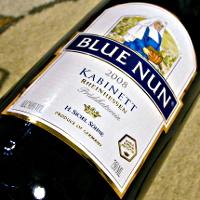 H.SICHEL SOHNE BLUE NUN RHEINHESSEN KABINETT 2008
